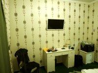 Телевизор и мебель