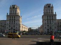 """Парадные """"ворота"""" города напротив вокзала"""
