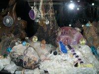 Различные изделия из драгоценных и полудрагоценных камней