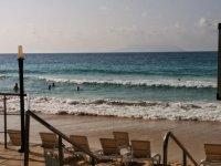 Пляж Бо-Валлон перед отелем