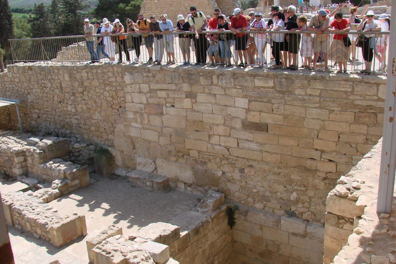 Точная копия древнегреческого лабиринта минотавра