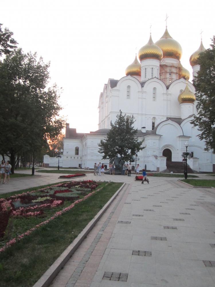 ярославль где можно купить съемные виниры