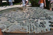 карта достопримечательностей Пулы, по совместительству фонтан