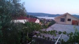Прекрасный вид на залив в Тивате с балкона