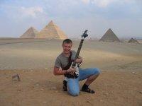 Фотография у пирамид в Каире