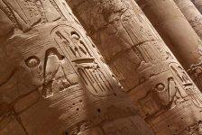 Рисунки на колоннах... красота!