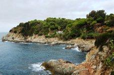 Вид на бухточку с пляжа Ллорет