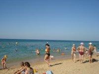 Пляж в разгар сезона