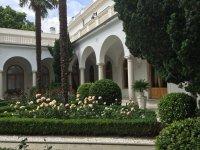 Внутренний итальянский дворик