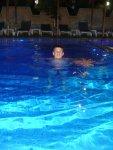 Плаваю.