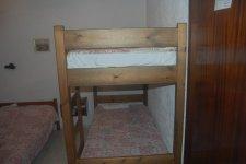 это наши кровати)