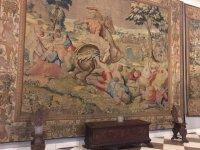 картины в замке