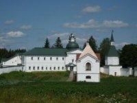 Усыпальница рода Панаевых с церковью Иоанна Боровичского.