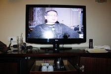 телевизор с каналом РТР и кофейно-чайный набор
