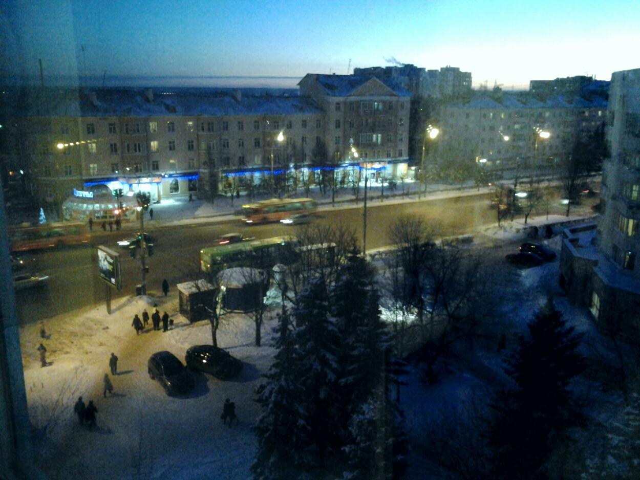 Ночной вид из окон на 8 этаже