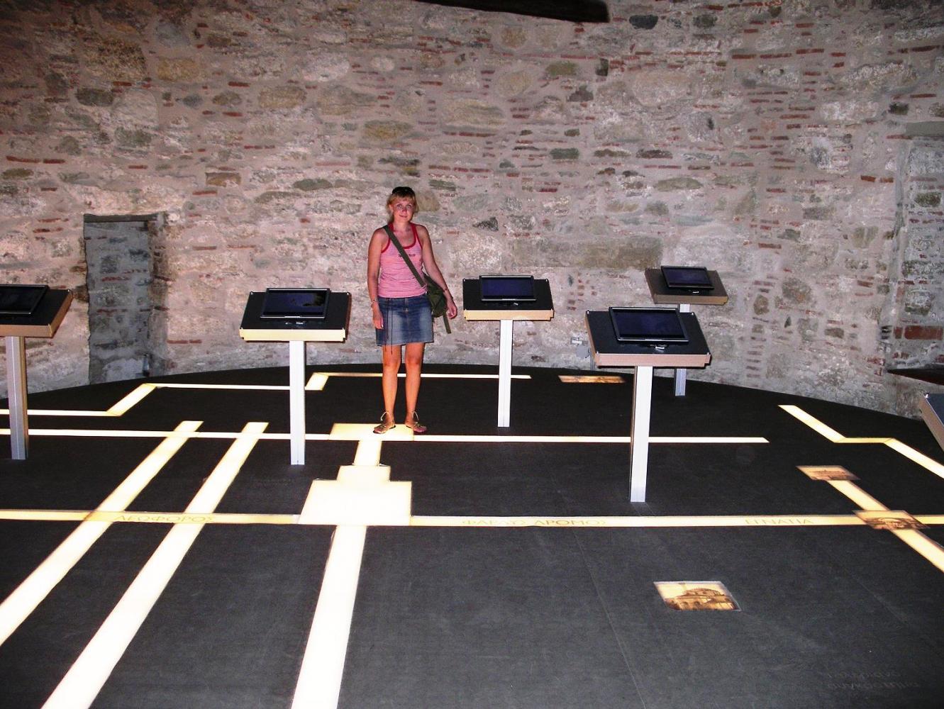 Одна из экспозиций музея в Белой башне