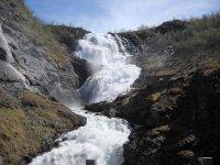 Водопад на Фломе
