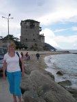 Уранопулис. Башня около пристани