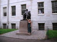 Памятник Гарварду