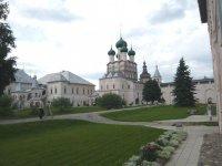 Кремль с ракурса от музея финифти
