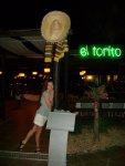 Возле мексиканского ресторана
