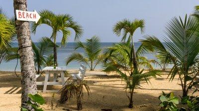 Пляж курорта Лас-Терренас, Доминикана