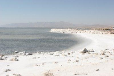 Берега озера Урмия