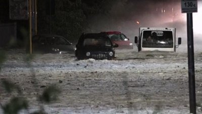 Улицы Рима после дождя с градом