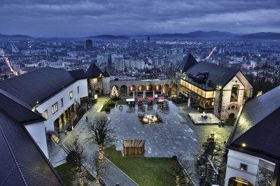 Вид на ночную Любляну