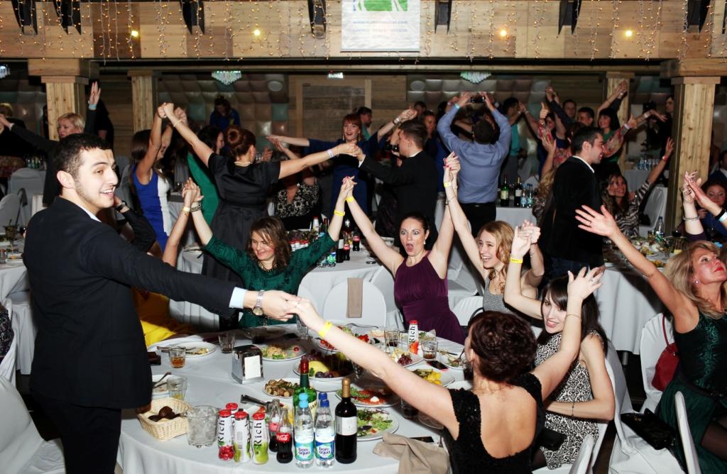 смешные картинки с вечеринок ресторана последнего времени
