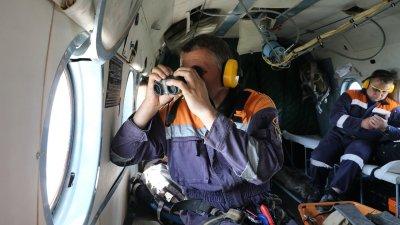 Спасатели в поисках пострадавших туристов. Фото ГУ МЧС