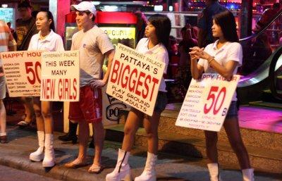 Pattaya Walking Street, Roman Lashkin, https://www.flickr.com/photos/lashkin/