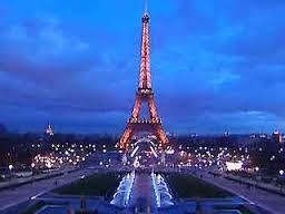 Эйфелева башня без очереди по VIP-входу