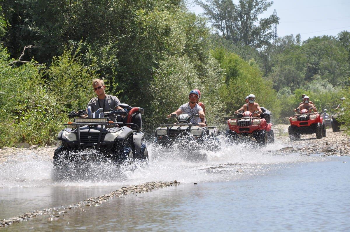 Экскурсия к озеру на квадроциклах