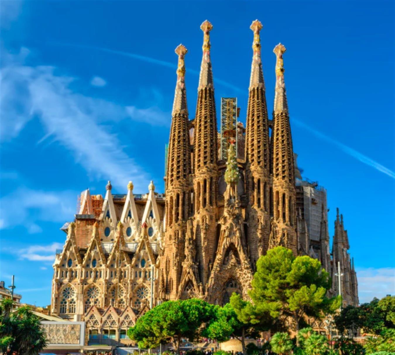 Барселона древняя, но вечно молодая