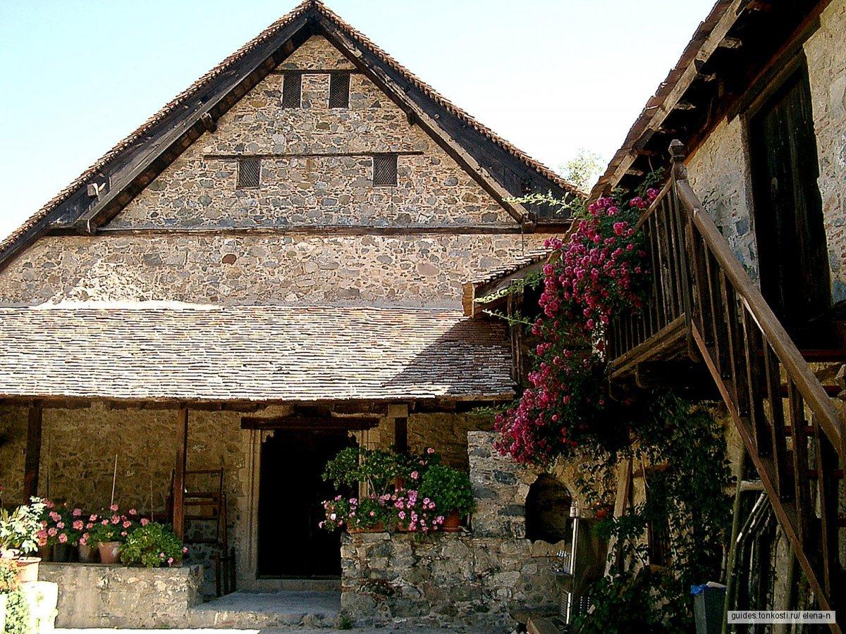 Знаменитые монастыри Кипра