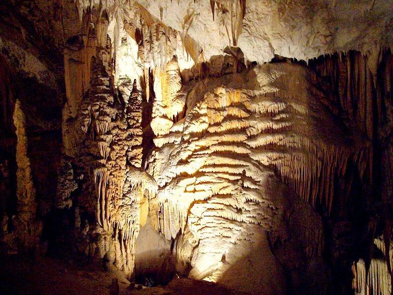 Постойна пещера и Предъямский град. Экскурсия в Словению