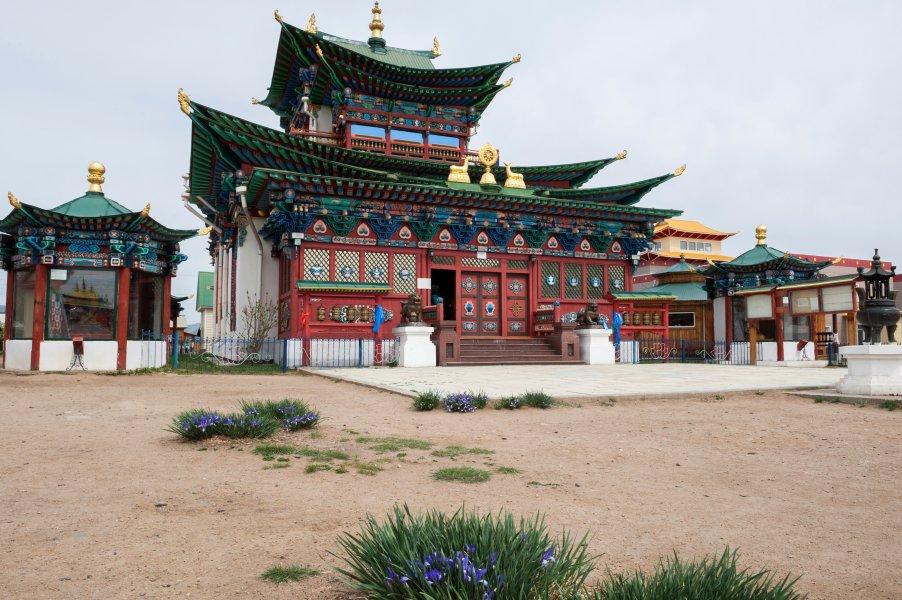 Иволгинский Дацан — центр буддизма в России
