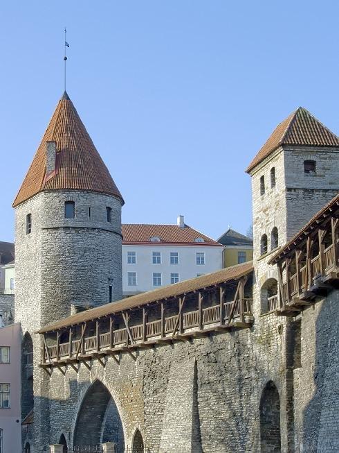 Экскурсия по Таллину. Старый город с коктейлем ароматов средневековых улиц