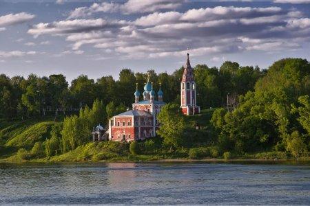 Тутаев. Два берега у одной реки