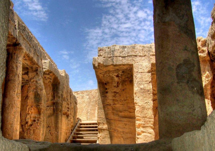 Пафос: с древности до наших дней