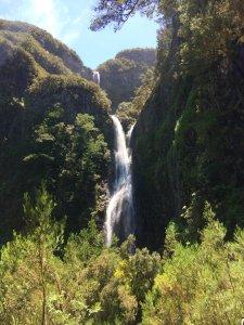 По левадам к водопадам