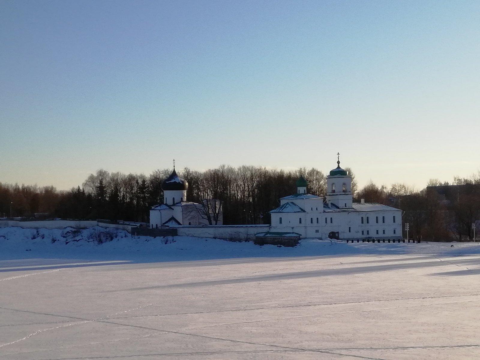 Псковские сокровища 12 века (Мирожский монастырь, собор Рождества Иоанна Предтечи)