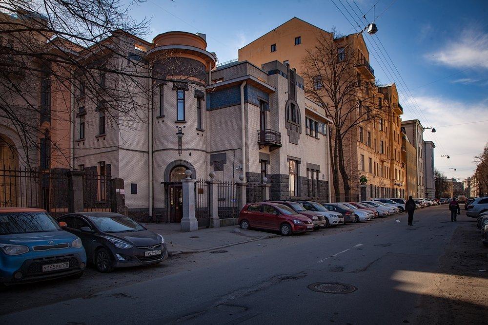 Северный Модерн на Петроградской стороне