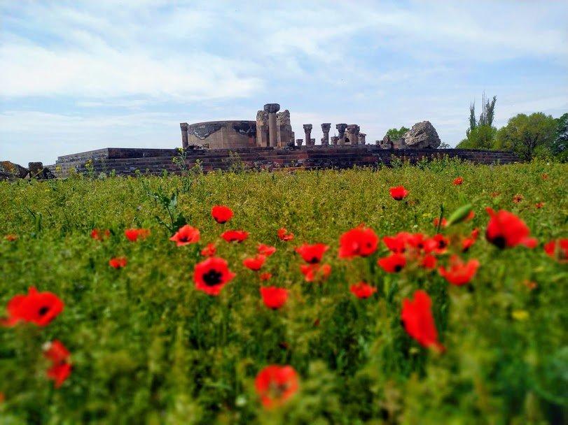 Ереван и самый загадочный храм в Армении Звартноц