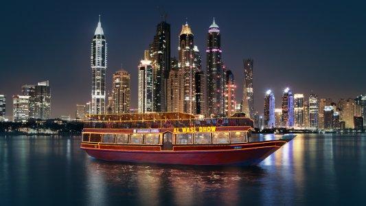Круиз «Доу» с ужином по Дубай Марина