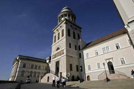 Дьёр — аббатство Паннонхалма