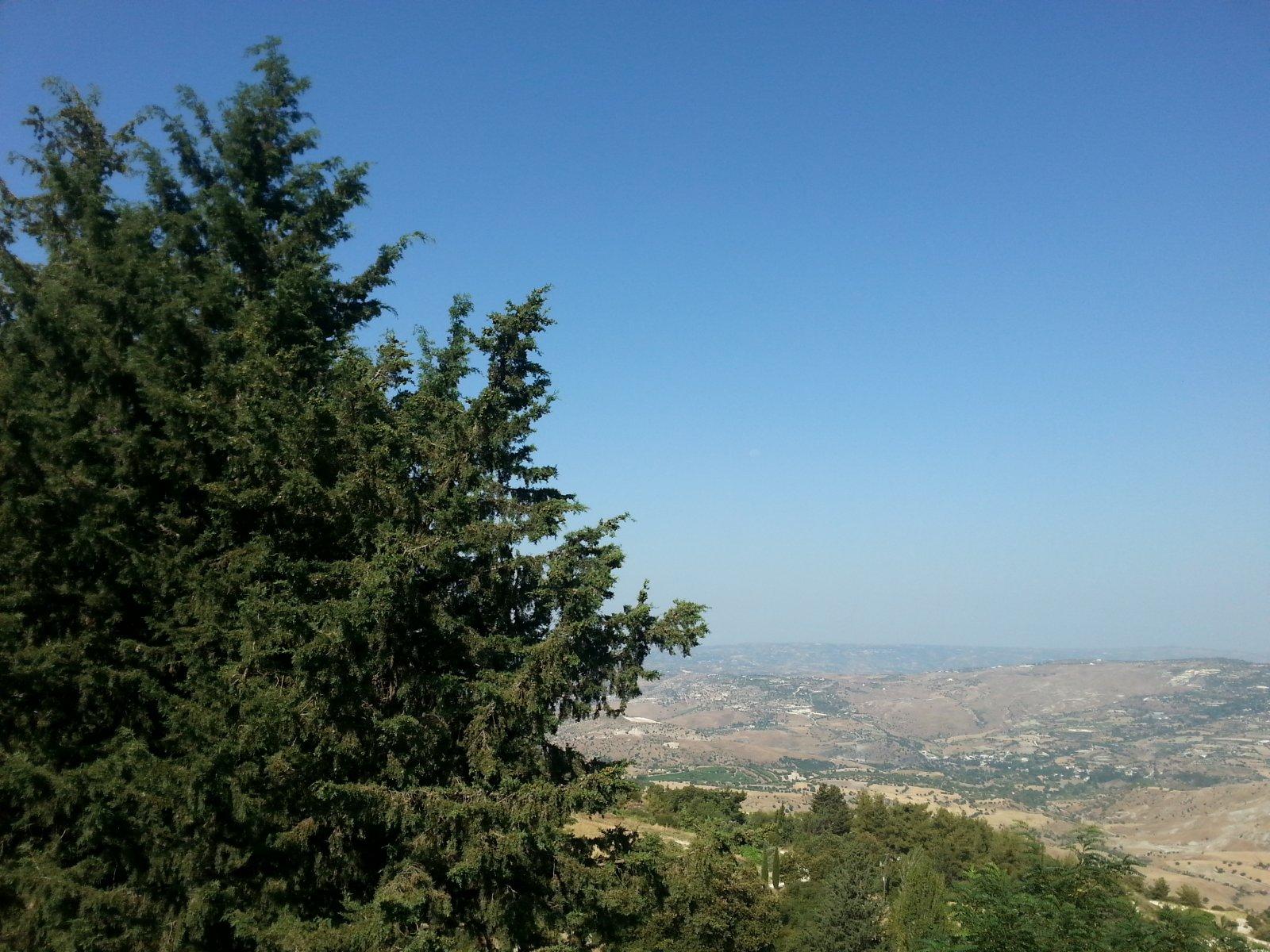 Монастыри в горах Троодос