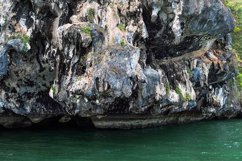 Остров Джеймса Бонда и каноэ
