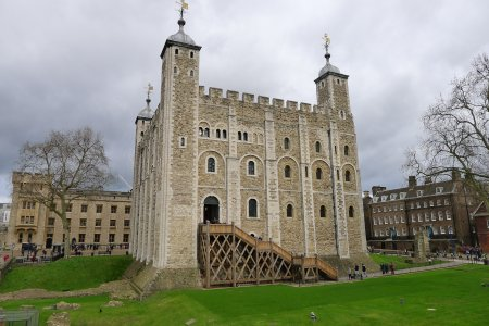 Лондонский Тауэр — от замка до тюрьмы